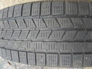PIRELLI SCORPION ICE a SNOW 215/70 R16 100T